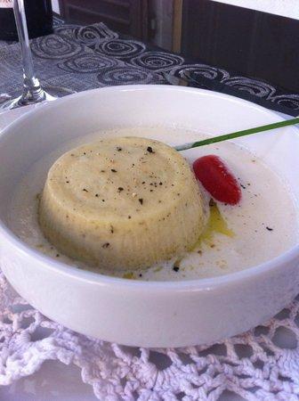 BillyBau Bar & Restaurant : Antica tartrà piemontese con fonduta al parmigiano