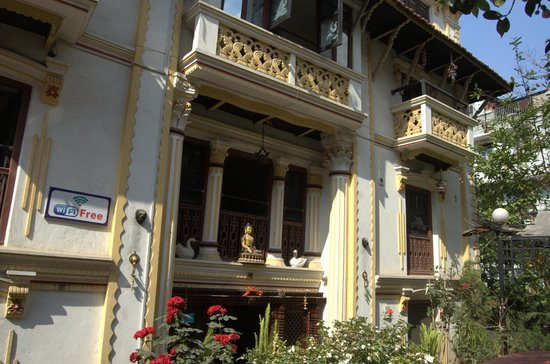 Kathmandu Bed & Breakfast Inn: View from the garden