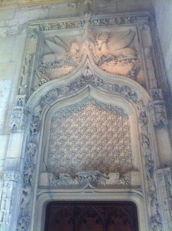 Palais Jacques Coeur : Haut de porte