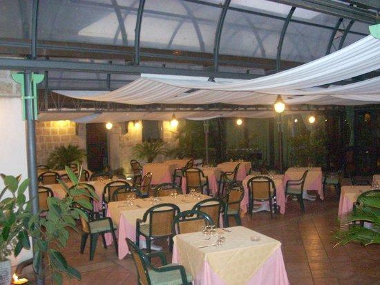 Terrazzo - Picture of L\'Eco dei Monti, Mercato San Severino ...