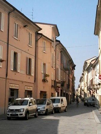 Via porta nuova presso corso garibaldi foto di torri - Pavia porta garibaldi ...