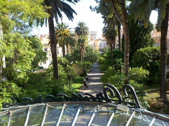 Hôtel club Vacanciel Menton : vista dalla camera
