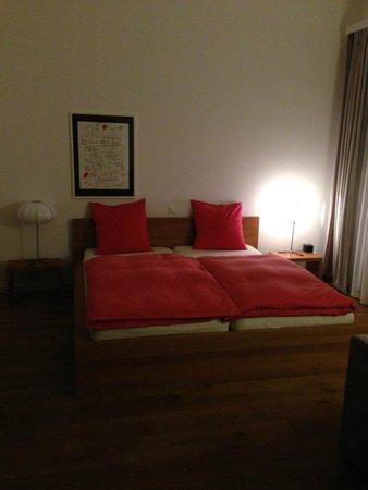 Hotel WunderBar: спальное место