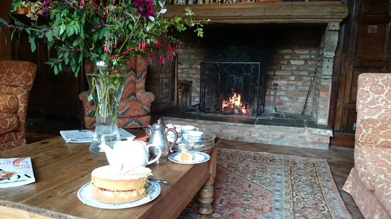 Pauntley Court Luxury Bed & Breakfast: Warm and welcoming Lounge