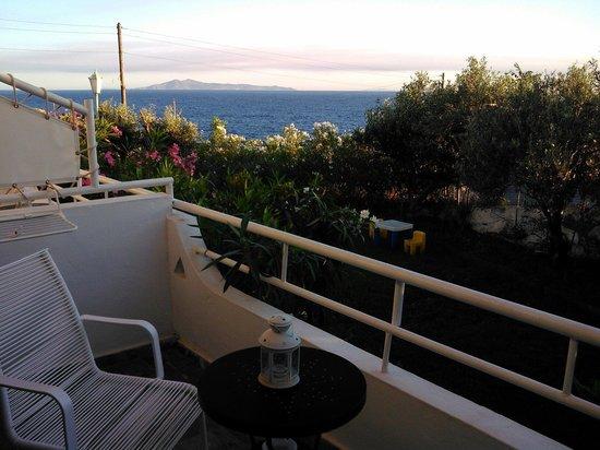 Villa Elpida Studios: Balcony view