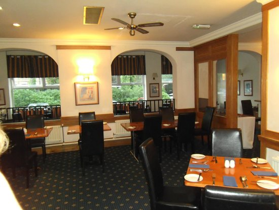 Carrington House Hotel: The Dining Room