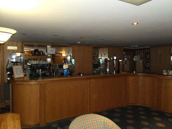 Elegant Carrington House Hotel: The Bar