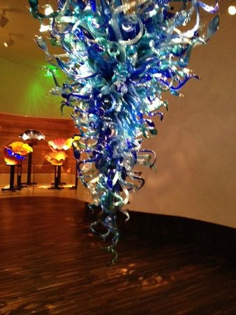 Chihuly Collection : the blue chandelier