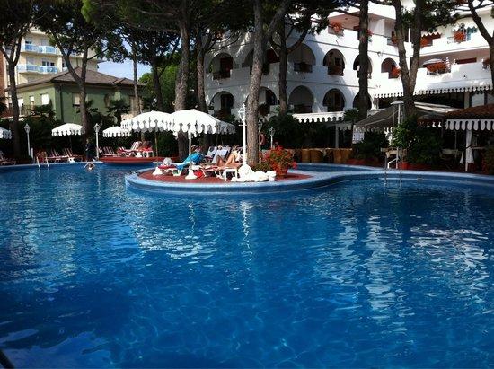 Pool - Agora' Park Hotel: 🔝