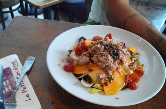 Le Petit Cardinal: Salade du jour