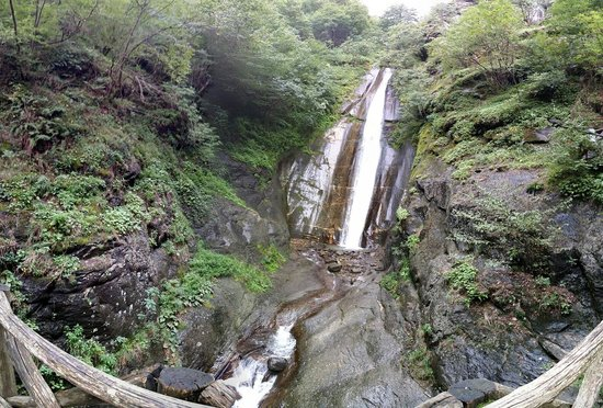 Southeastern Region, República de Macedonia: Wide angle look of Smolare falls