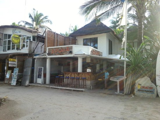Boracay Beach Resort: The Bar/Restaurant