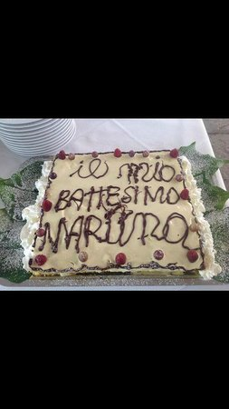 La Vignassa Ristorante: la torta di Battesimo preparata dal pasticcere del ristorante