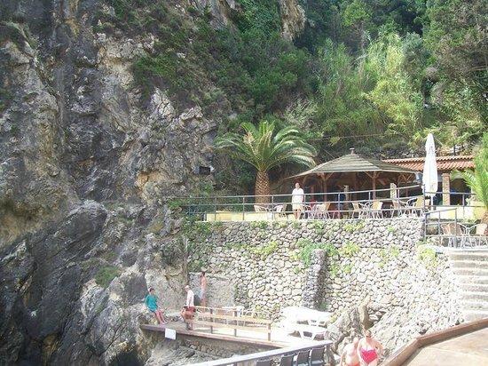 La Grotta Beach: widok na bar