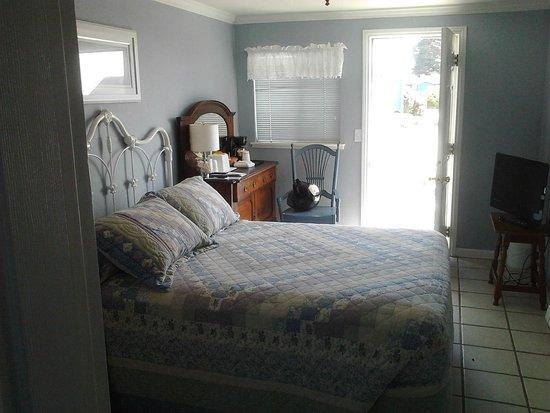 Bodega Harbor Inn: lumineux et charmant