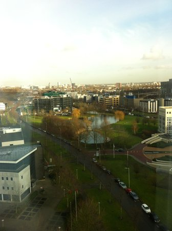 Novotel Rotterdam Brainpark: вид из окна