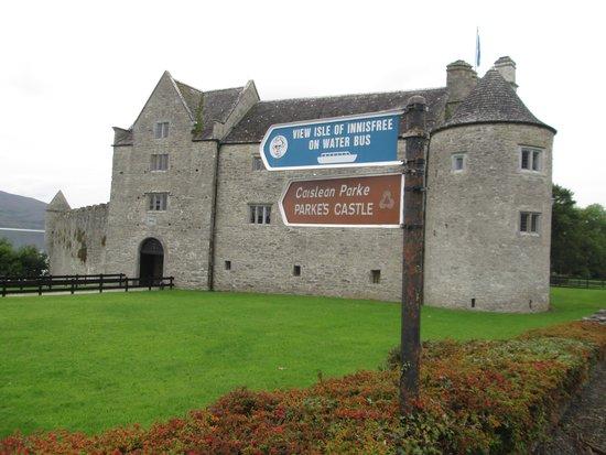 The Rose of Innisfree Tour Boat: Parkes castle Co Sligo