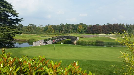 Adare Manor: View of the 18th Green from the hotel grounds