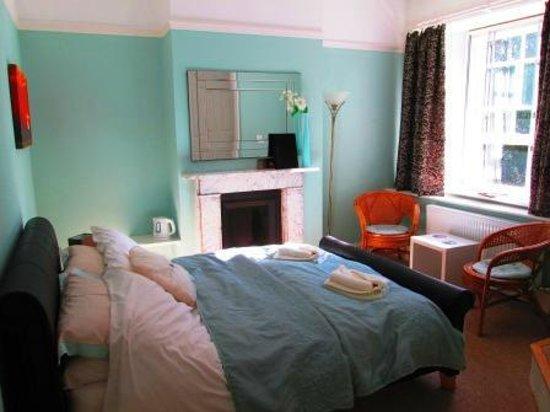Weston Manor Bed & Breakfast: Double En-suite