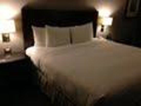 Hilton Mexico City Reforma: letto king size