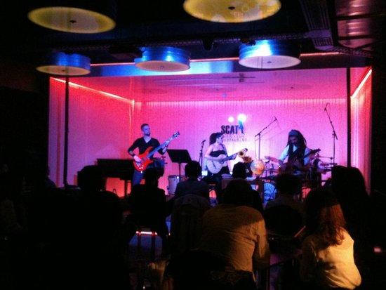 SCAT Funchal Music Club & Restaurant : Dul n'nuk white