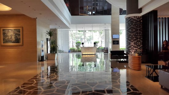 JS Luwansa Hotel and Convention Center : Lobby