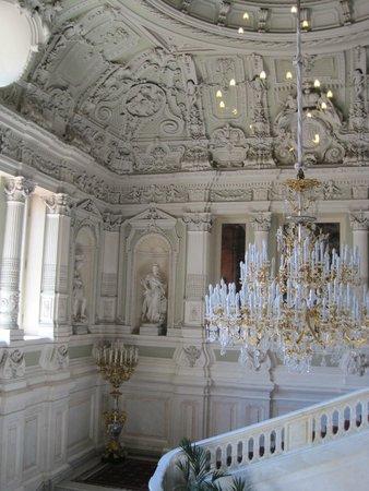 Jussupow-Palast an der Moika: Главная лестница