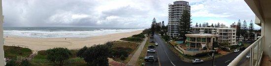 Beachfront Viscount: Panoramic facing south.