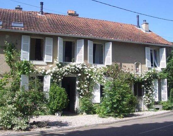 Grandchamp, Francia: La rose blanche