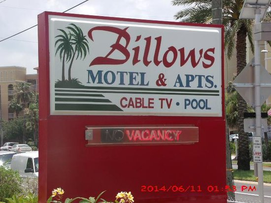 Billows Apartment Motel: Billows