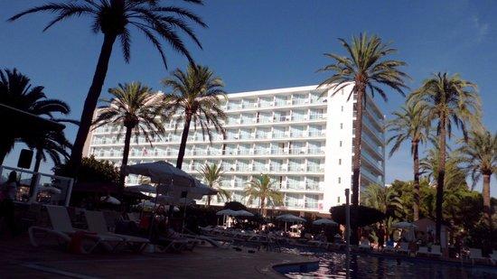 Sirenis Hotel Tres Carabelas & Spa: hotel