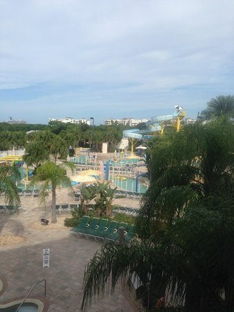 Holiday Inn Club Vacations Cape Canaveral Beach Resort: Lazy River And Slide Pool Area