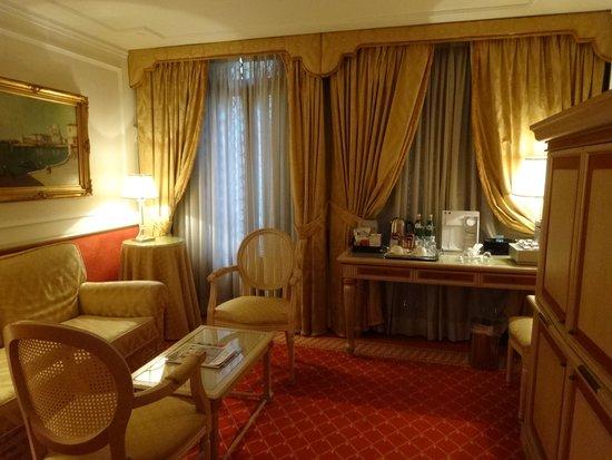 Starhotels Splendid Venice: リビングルーム