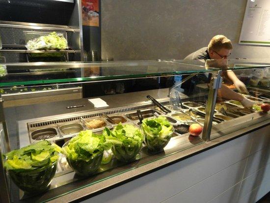 Escasano - Salad Experts: Salad bar production