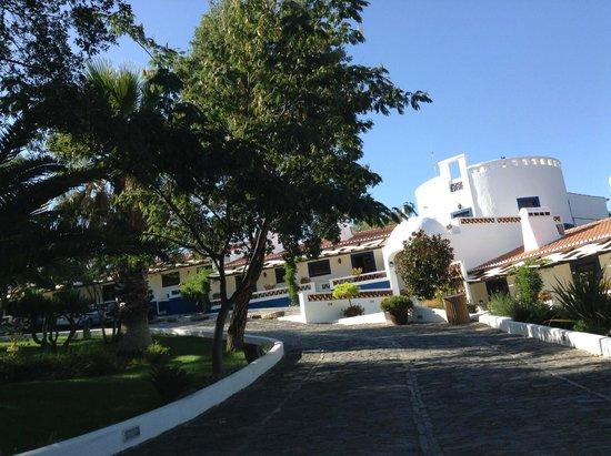 Horta da Moura - Hotel Rural: Outside the rooms