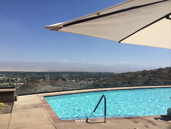 The Ritz-Carlton, Rancho Mirage : Adults Only Pool