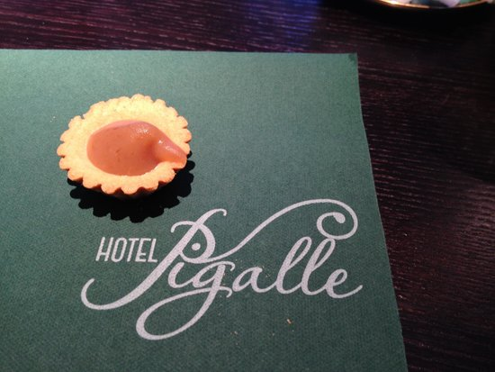 Hotel Pigalle: Nice texture of napkin
