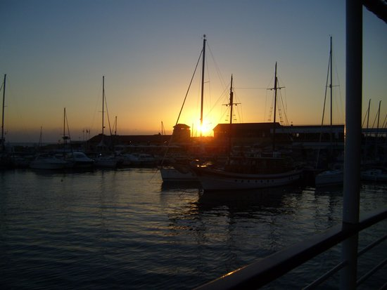 Pandream Hotel Apartments: SunSet at Paphos port