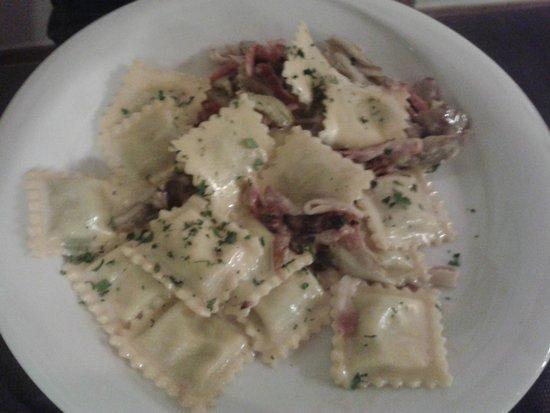 Osteria da Cesare & Locanda: Tortelli con radicchio