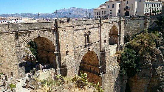 Puente Nuevo Bridge: Puente nuevo
