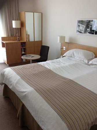 Doubletree by Hilton Hotel Leeds City Centre: comfy room