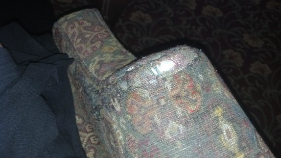 Quail Hollow Resort : Showing the wear of the chair in the restaurant