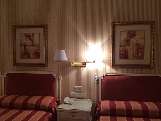 Hotel Atlantico: Room 712
