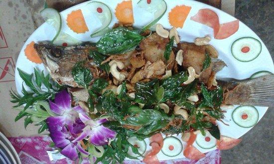 Takieng Restaurant : Fish Thai Herbs ka.