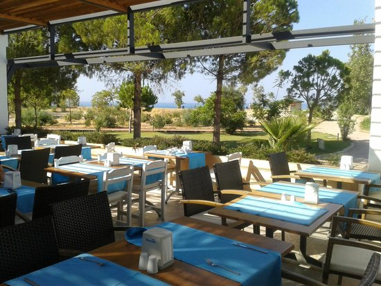 NOA Hotels Oludeniz Resort Hotel: Outside Dining