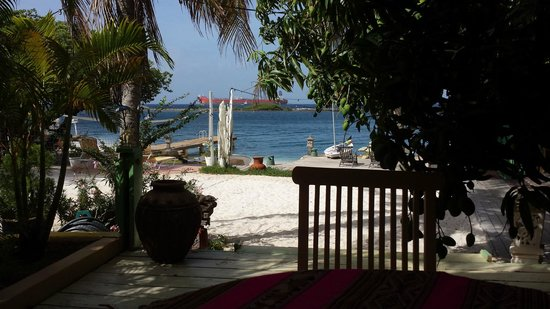 Aruba Reef Beach Apartments: The view