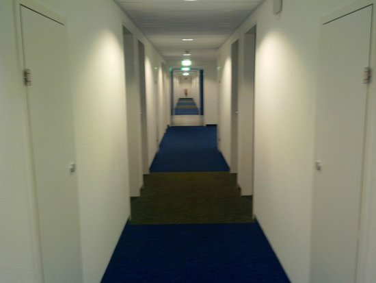 ibis budget Wien Messe: Corridoi immensi