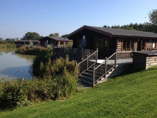 Weybread Lakes Log Cabin Holidays: Lodge - maple