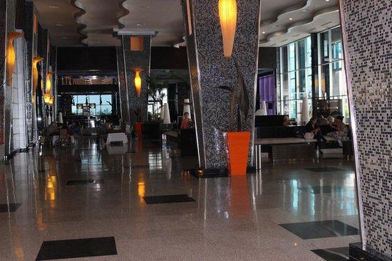 Hotel Riu Plaza Panama : Recepción