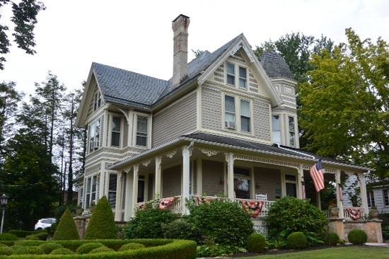 The Historic Morris Harvey House Bed and Breakfast : Morris Harvey House